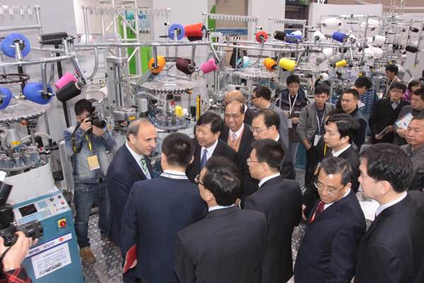 The busy Lonati booth at the 2013 edition of Yiwu