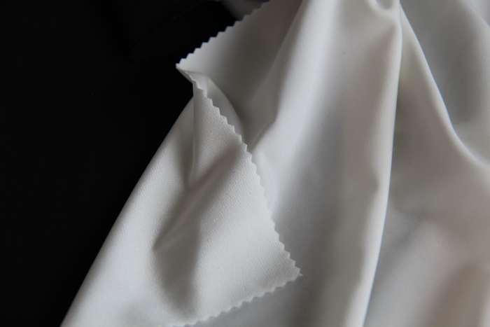 Fine gauge fabrics